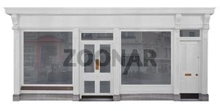 Laden mit weiß lackierter Holzfront freigestellt auf weißem Hintergrund