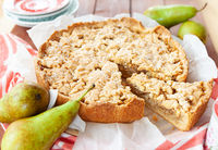Pear and apple pie