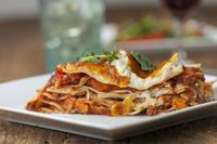 Nahaufnahme einer Lasagne