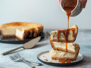 Caramel pouring on cheesekace pieces