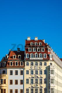 Historische Häuser auf dem Neumarkt in Dresden