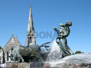 Stierbrunnen vor Kirche