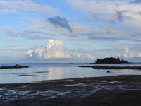 Evening clouds and Lake Vanern seen from Vita Sannar.