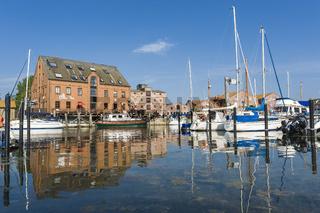 Hafen in Orth auf der Insel Fehmarn