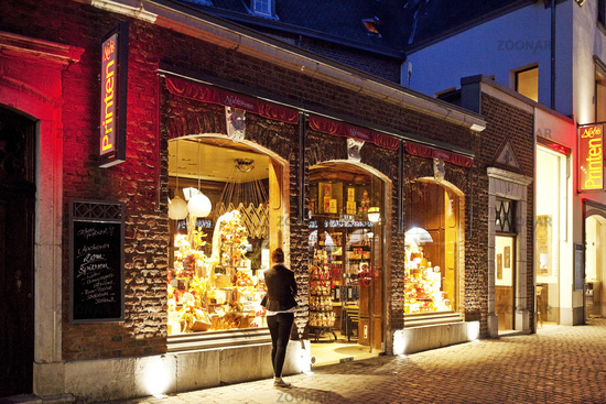 bakery with Aachener Printen in the evening, Aix-la-Chapelle, Germany, Europe