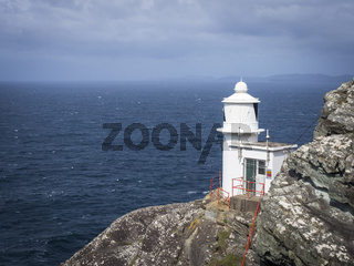 Lighthouse at sheep's head in ireland