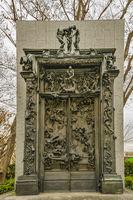 La Porte de l enfer, Auguste Rodin, Ueno Park, Tokyo, Japan