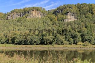 Elbsandsteingebirge bei Bad Schandau, Elbe, September