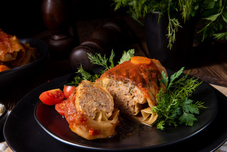 Roasted cabbage rolls with rice and minced meat according to the recipe of omas
