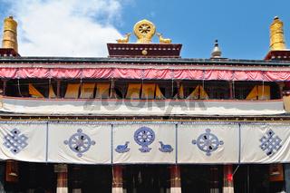 Dharmachakra mit den Gazellen Klosteruniversität Sera Lhasa Tibet