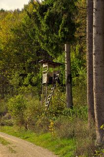 Jägerstand am Waldesrand