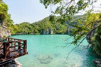 Balcony viewpoint Blue Lagoon (Emerald Lake)