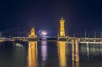 Hafeneinfahrt Lindau with fireworks | Lake Constance