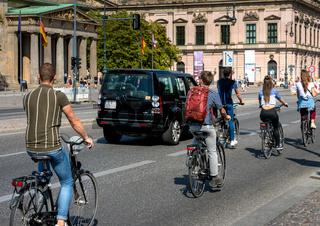 Radfahrer im Berliner Strassenverkehr