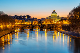 Night view of St. Peter's Basilica in Vatican
