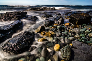 rocky coastline in newport rhode island
