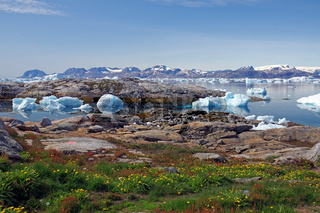 Eisiger Fjord in Ostgrönland