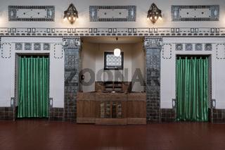 Wartesaal im Badehaus 2 des Jugendstil Bades Sprudelhof