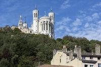 Die Kirche Notre-Dame de Fourvière in Lyon, Frankreich