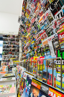 German Magazine Wall Sales Small Stand Shop