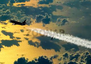 Condensation trail left by the aircraft during