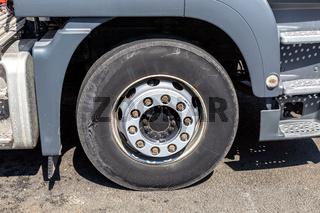 MAN truck wheel with Michelin tire