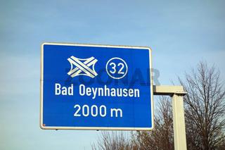 autobahnschild, bad oeynhausen, 2000m, 32