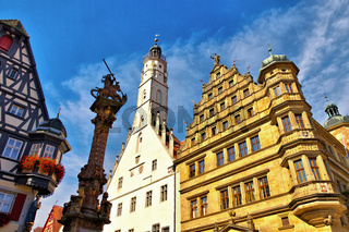Rothenburg Rathaus und Rathausturm - Rothenburg town hall and white tower