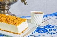 Exquisite cheesecake with orange crumbs