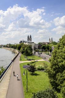 Schleinufer, Magdeburg