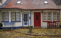 Semi-detached house in Eckernfoerde - colour contrasts