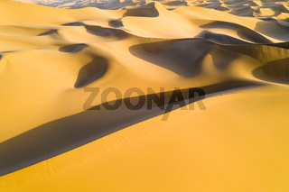 golden sand dunes background