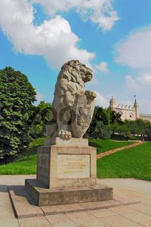 Löwe vor Schloss Lublin