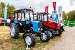 Wheeled agricultural tractors Belarus